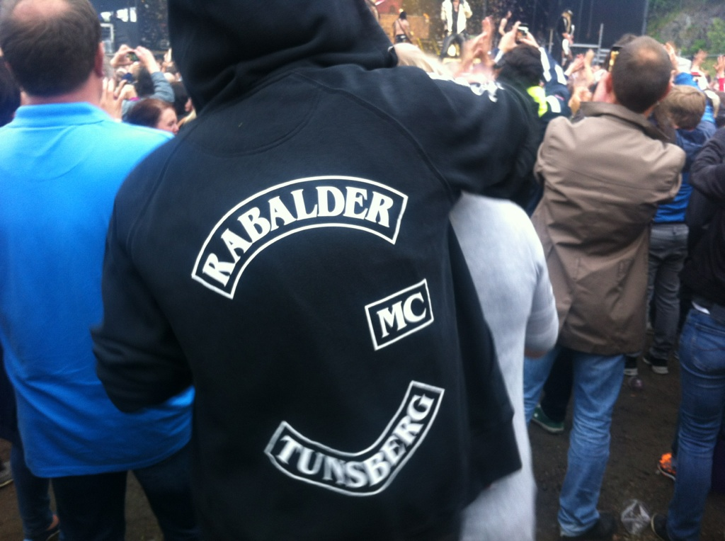 Rabalder are everywhere,here at a Alice Cooper concert earlier this monthRock out with you cock out....